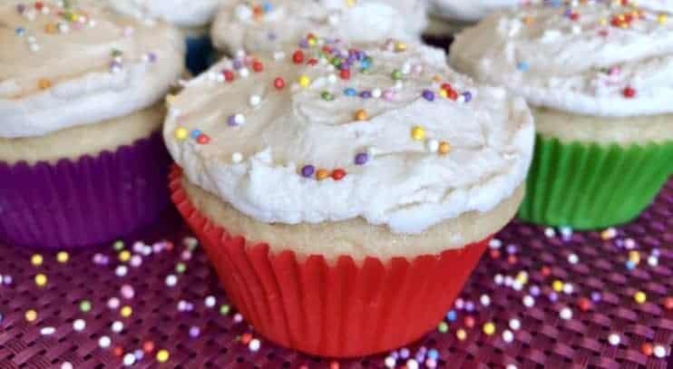 Vegan Vanilla Cupcakes with Vegan Vanilla Frosting
