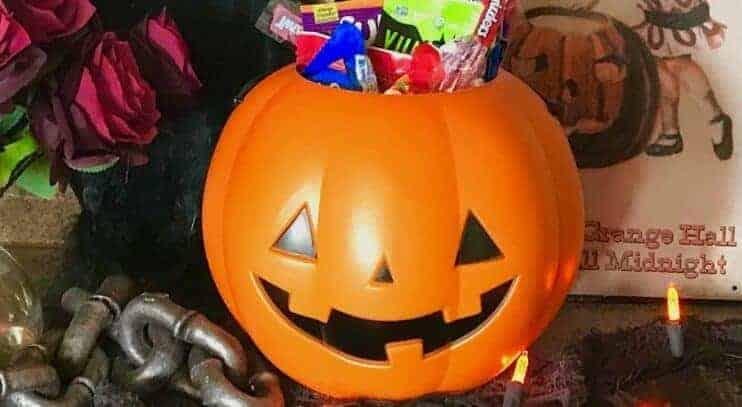 The Ultimate Vegan Halloween Candy List