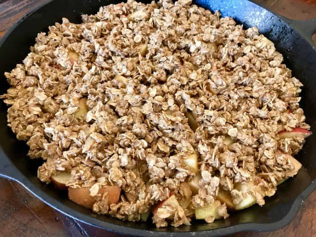 gluten free vegan oatmeal crumble topping
